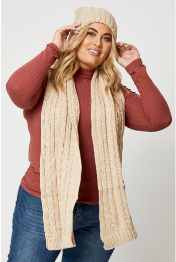 Plus Cable Beanie and Scarf Set