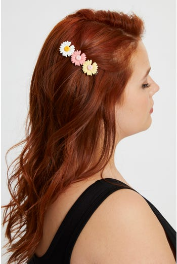 3 Daisy Flowers Hair Slide