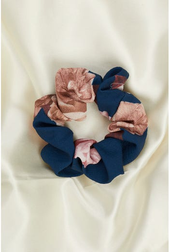 Plus Sustainable Scrunchies