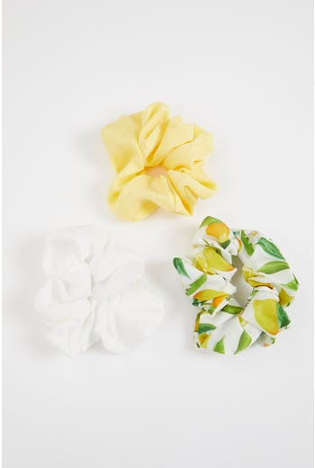 Plus 3 Piece Mixed Lemon Print Scrunchies set