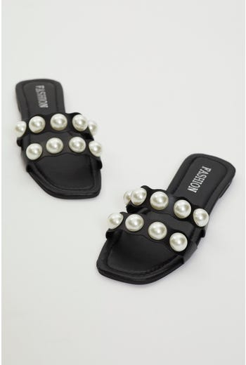 Plus Pearl Detail Flat Sliders