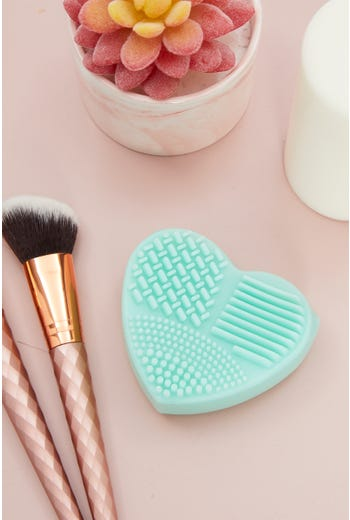 Heart Beauty Brush Cleaning Mat