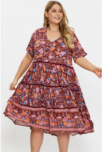 Plus Short Sleeve Tiered Swing Dress