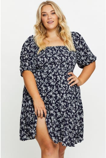 Plus 3/4 Sleeve Floral Shirred Dress