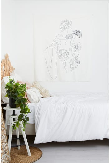 Line Drawing Wall Hanging Tapestry