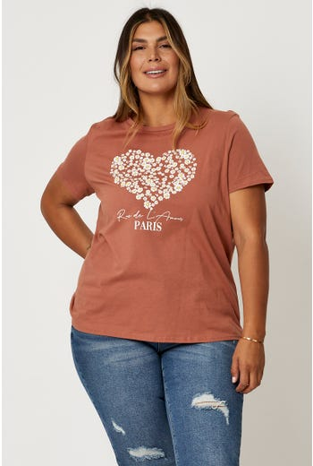 Plus 'Daisy Heart' Graphic T-Shirt