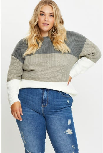 Plus Color Block Long Line Knit Top