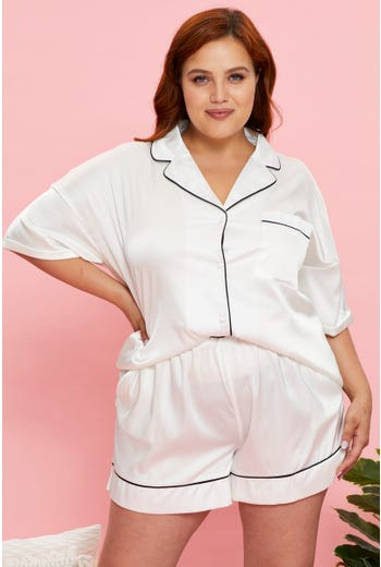 Plus Satin Contrast Piping Pyjama Set