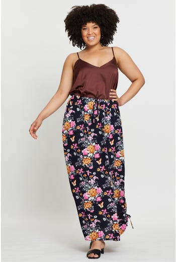 Plus Floral Print Side Ruched Maxi Skirt