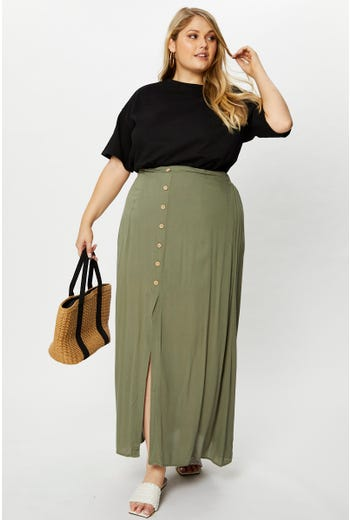 Plus High Waist Elastic Waist Button Detail Maxi Skirt