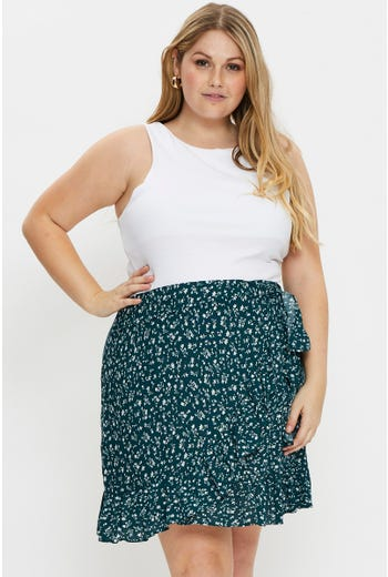 Plus Floral Print Frill Detail Short Wrap Skirt