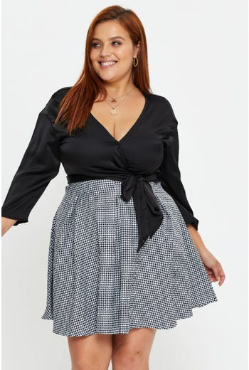 Plus  Houndstooth Pleated Skater Skirt