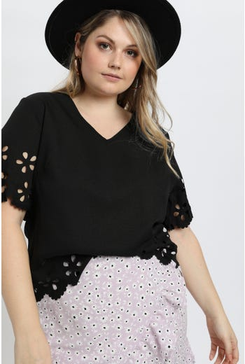 PLUS LACE SLEEVE BLOUSE