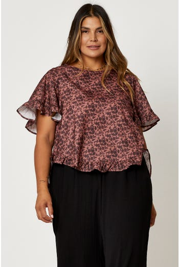 Plus Short Sleeve Floral Print Frill Top