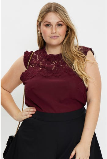 Plus Sleeveless Lace Frill Top