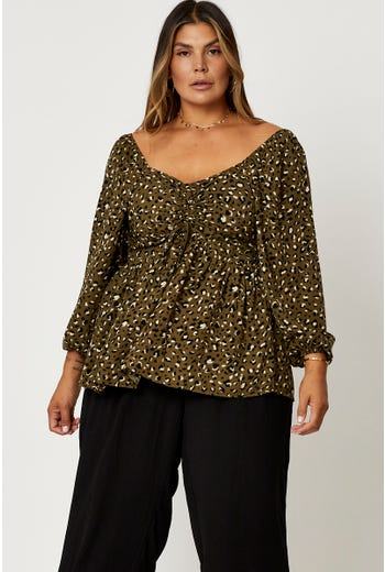 Plus Floral Print Shirred Front Peplum Top
