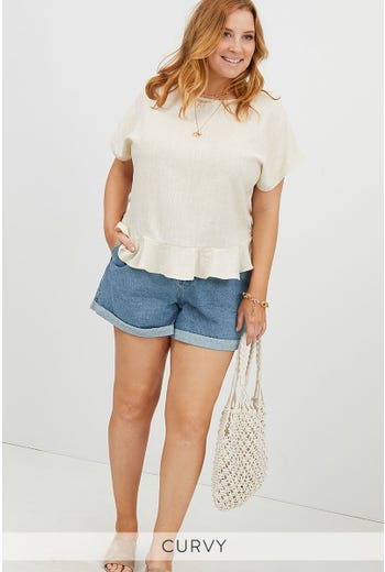 PLUS LINEN HEM RUFFLE TOP