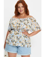 Plus Floral Ruffle Sleeve Top