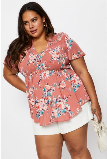 Plus Short Sleeve Floral Print Shirred Blouse