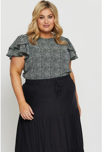 Plus Short Sleeve Floral Ruffle Top