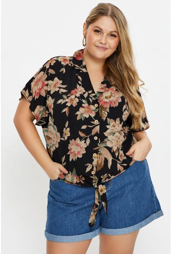 Plus Short Sleeve Floral Print Shirt